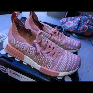 Adidas NMD primeknit in Mauve pink.